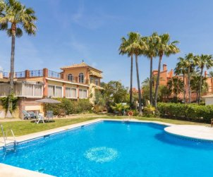 House   Estepona 10 persons - comunal pool p2