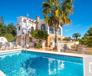 House  in Calpe  for 4 persons with private pool and Wifi  p0