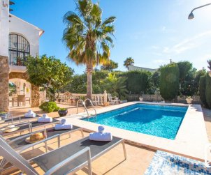 House  in Calpe  for 4 persons with private pool and Wifi  p1
