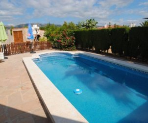 Villa  in Ametlla de Mar  for 8 persons with private pool and close to the sea  p0