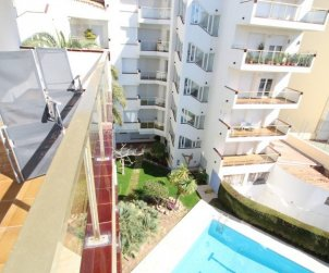 Flat  in L'Escala  for 6 persons with shared pool and sea view  p1