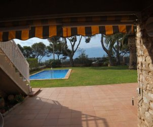 Villa   in Ametlla de Mar for 12 persons with little seaview and internet p2