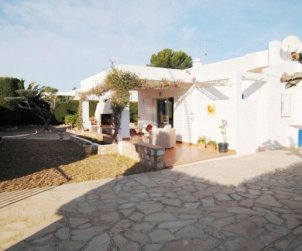 House  in Ametlla de Mar  for 6 persons with private parking and near sea  p0