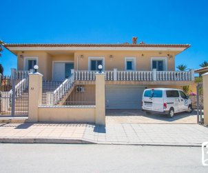 House  in Moraira  for 6 persons with private pool, sea view and air conditioning  p2