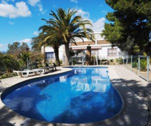 House  in Ametlla de Mar  for 8 persons with private pool and close to sea  p1