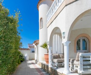 House   Empuriabrava 8 persons - private pool p2