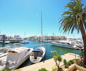 Flat   Empuriabrava 5 persons - dishwaher p1