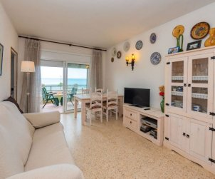 Flat   Cunit 4 persons - panoramic sea view p2