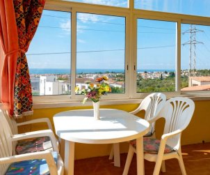 Flat   Creixell 7 persons - panoramic sea view p2