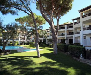 Flat  in L'Escala  for 4 people with communal pool and near sea  p2