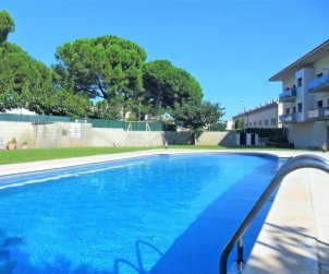 Flat   L'Escala 4 persons - comunal pool p0