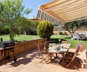 House   Mont-ras 8 persons - private pool p1
