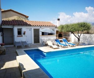 Villa  in Ametlla de Mar  for 7 people with private pool protected  p0