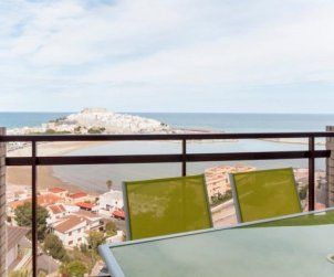Flat  in Peniscola  for 7 people with swimming pool and near sea  p0