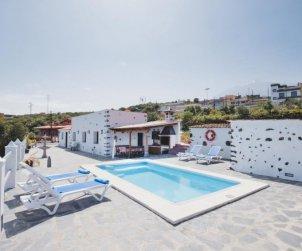 House   Icod de los Vinos 4 persons - private pool p0