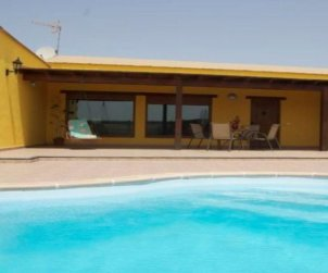 House   Lajares 4 persons - private pool p0