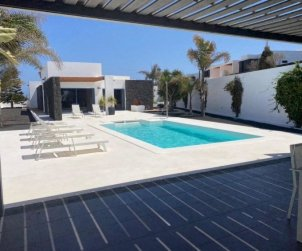 House   Playa Blanca 6 persons - private pool p1