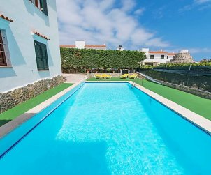 Flat   Arenal d'en Castell 4 persons - comunal pool p0