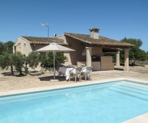 House   Llombards/C.Llombards/C.S'Almonia 4 persons - private pool p0