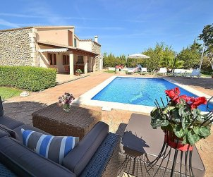 House   Búger 6 persons - private pool p0