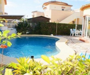 Villa  in Denia  for 6 persons with private pool  p0