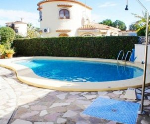 Villa  in Denia  for 6 persons with private pool  p2