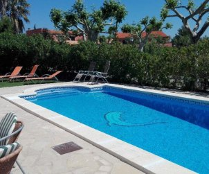 Villa   Miami Platja for 8 persons with private pool and A/C p2