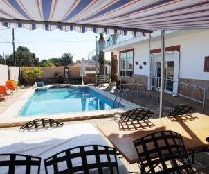 House  in Ametlla de Mar  for 6 persons with private pool and internet  p0