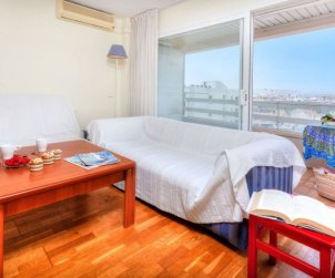 Flat  in Lloret del Mar  for 5 persons with air conditioning and internet  p1