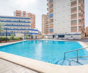 Flat  in Oropesa del Mar  for 6 persons with communal swimming pool, air conditioning and near sea  p0