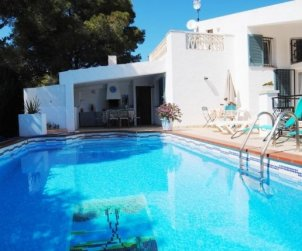 House  in Ametlla de Mar  for 8 persons with private pool and internet  p0
