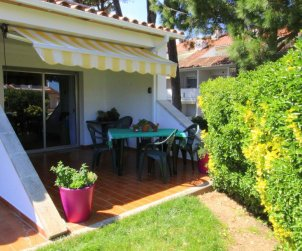 Flat  in L'Escala  for 4 people with communal pool, air conditioning and near sea  p2