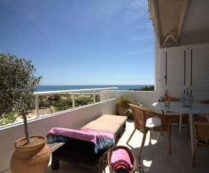 Flat   Altea 4 persons - sea view, air conditiong and parking p0