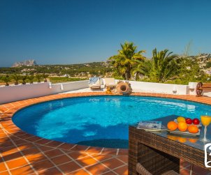 House  in Moraira  for 8 people in ibiza style with private pool and air conditioning  p1
