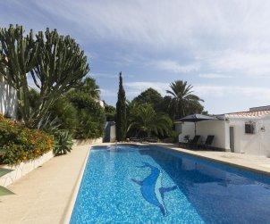 House  in Javea  for 5 people with private pool protected  p0