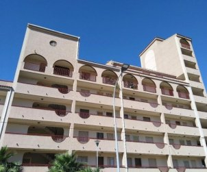Flat  in Peniscola  for 6 people with communal pool, air conditioning and near sea  p1