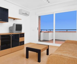 Flat  in Oropesa del Mar  for 6 persons with shared pool, air conditioning and parking  p2