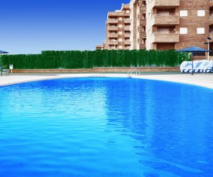 Flat  in Oropesa del Mar  for 6 persons with shared pool, air conditioning and parking  p1