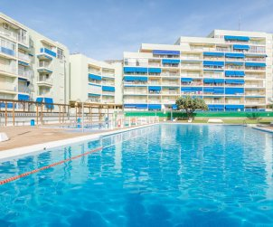 Apartment  in Oropesa del Mar  for 6 people with communal pool, parking and near sea  p2