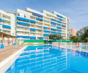 Apartment  in Oropesa del Mar  for 6 people with communal pool, parking and near sea  p0