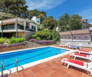 House   Sa Riera 6 persons - private pool p0