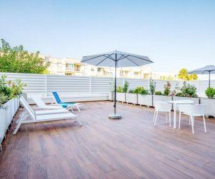 Apartment  in Alcossebre  for 5 people in a hotel complex with communal pool, large terrace and seafront  p1