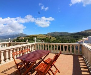 House  in Rosas  for 5 people with communal pool and beautiful landscape view  p0