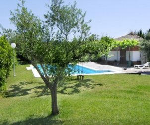 Villa  in Blanes  for 8 people with private pool and beautiful garden p1
