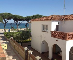 House   Blanes 8 persons - sea view p0