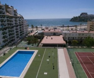 Apartment  in Peniscola  for 6 people with shared swimming pool and beautiful sea view  p2