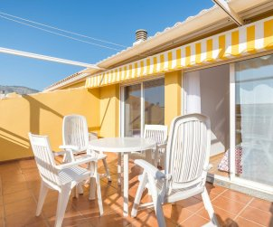 Apartment  in Oropesa del Mar  for 8 people with communal pool and near sea  p1