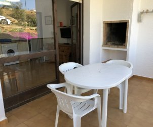 Apartment  in Rosas  for 4 people with shared swimming pool  p1
