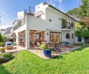 House   Marbella 8 persons - comunal pool p0