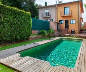 House   Pals 6 persons - private pool p0
